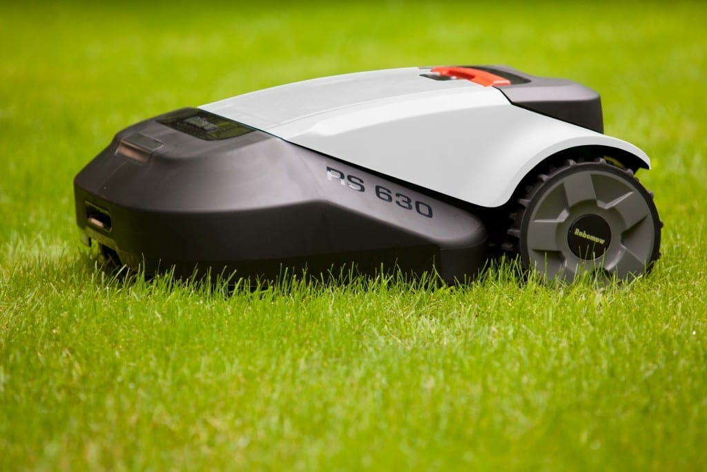 Robotic Mower Self Cleaning Home